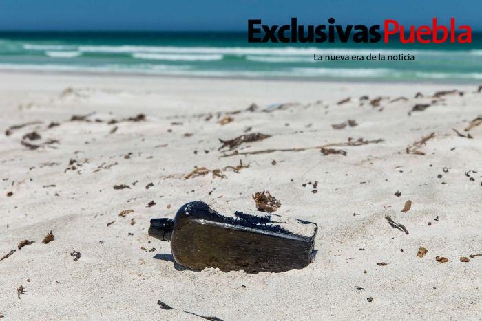 ¡Encuentran mensaje dentro de una botella más antiguo del mundo!