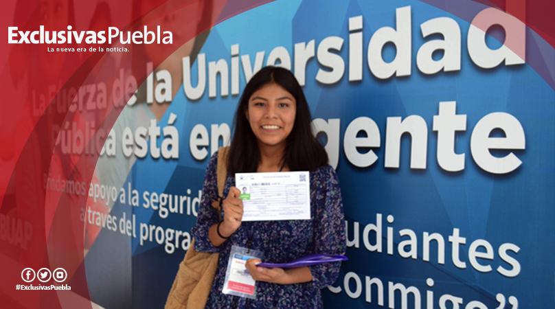 Entregan formatos para asignación de examen a los aspirantes a licenciatura