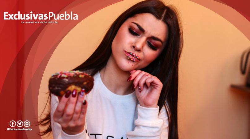 13 cosas que hace una mujer que ama comer