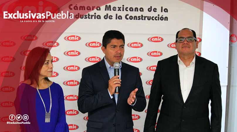 Presenta Eduardo Rivera propuestas ante CMIC