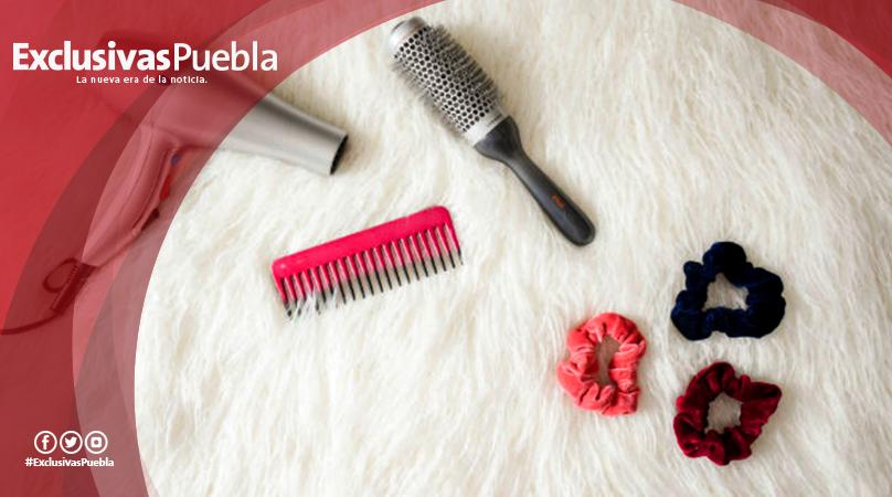 Razones para examinar tu cepillo para el pelo