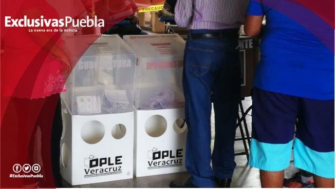 Abarrotan casillas especiales en Xalapa
