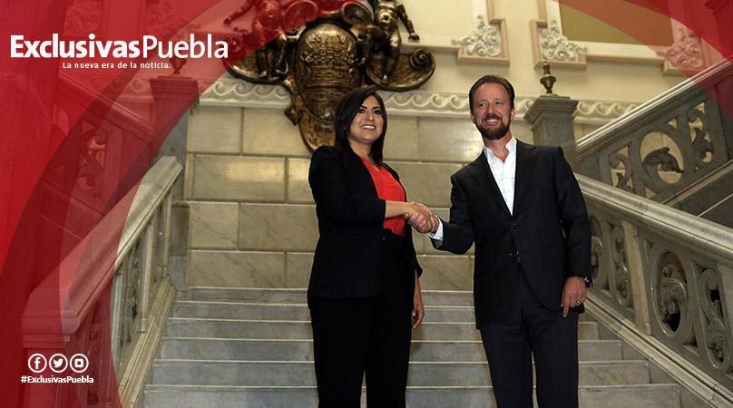En primera reunión, Claudia Rivera y Luis Banck anuncian su equipo de transición