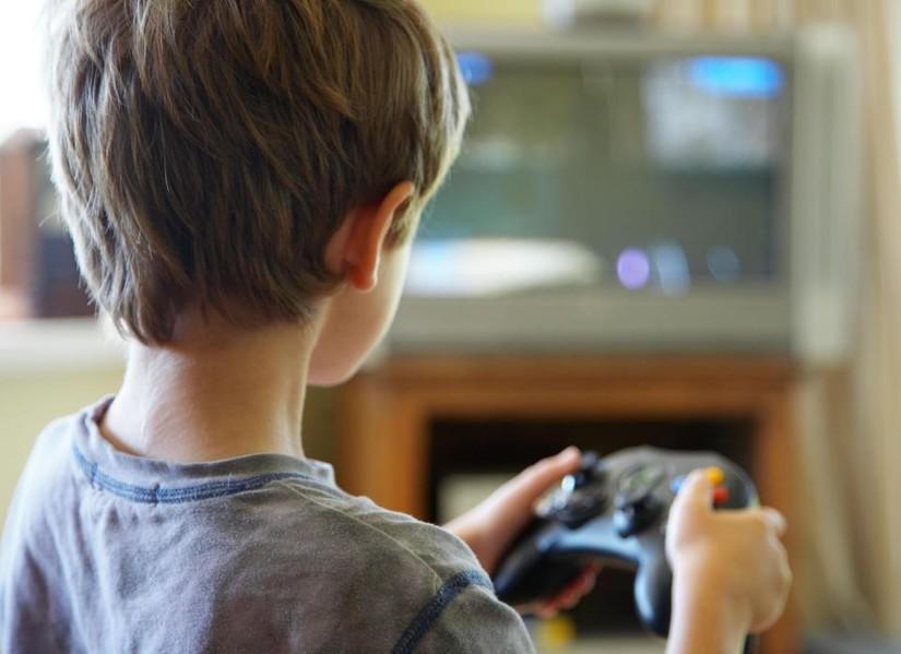 Resultado de imagen para niño viola hermana videojuego